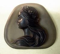 Камея на обсидиане (М. Федорова)